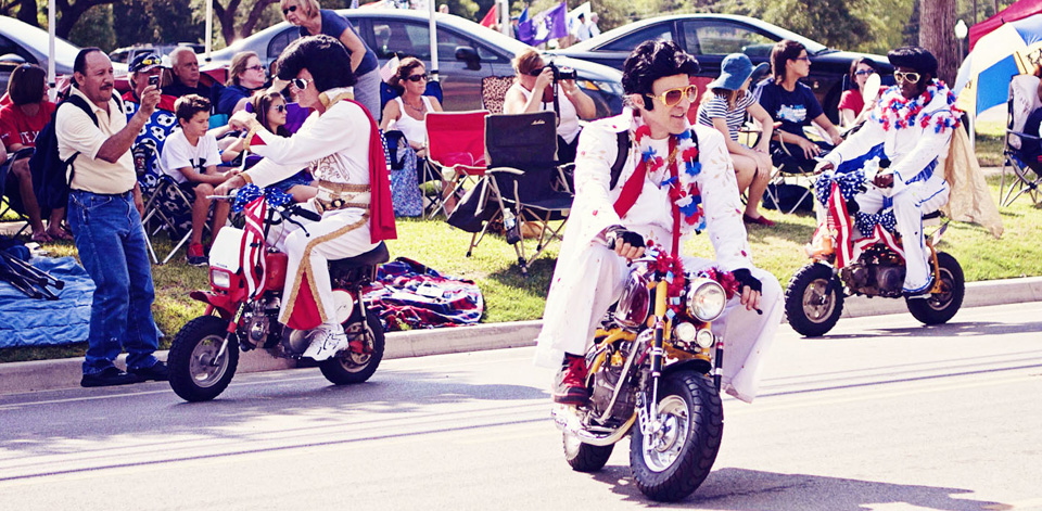 The World Famous Wheelie-ing-Elvi - mini4temps.fr