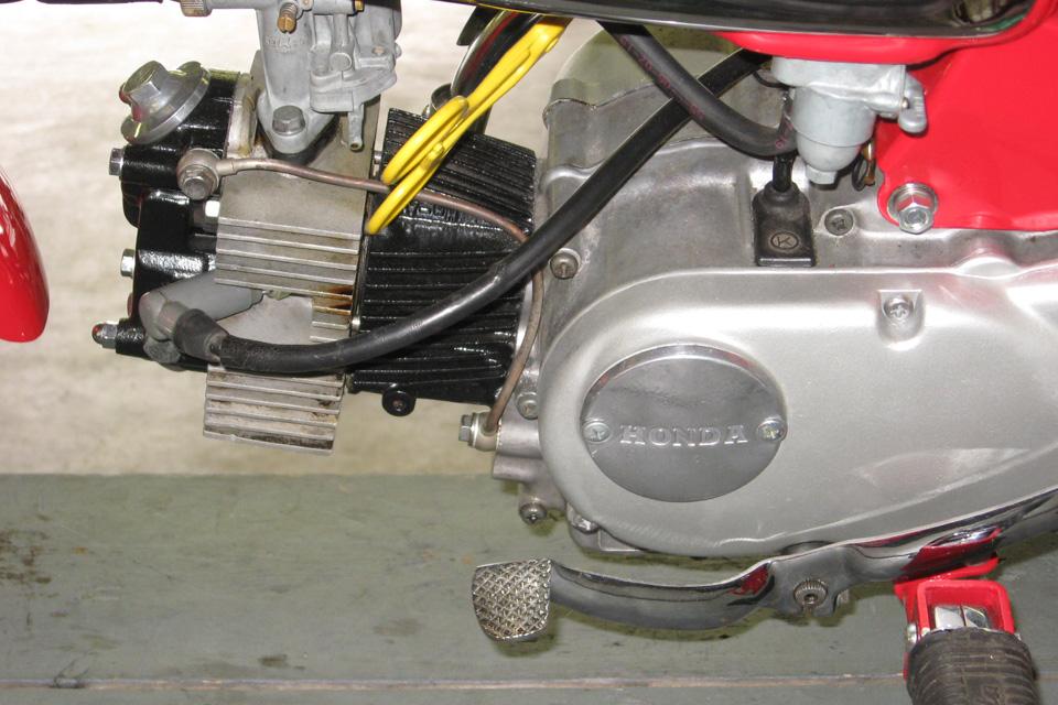 Restauration Honda Monkey CZ100 - mini4temps.fr