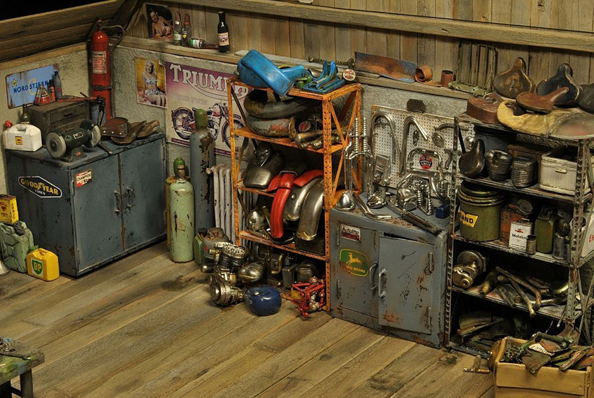 Mario Rapinett - World Miniatures - Garage et atelier moto miniature - mini4temps.fr