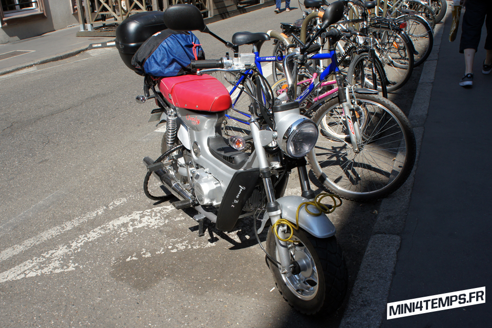 Charly 125cc réplique du Honda Chaly - mini4temps.fr