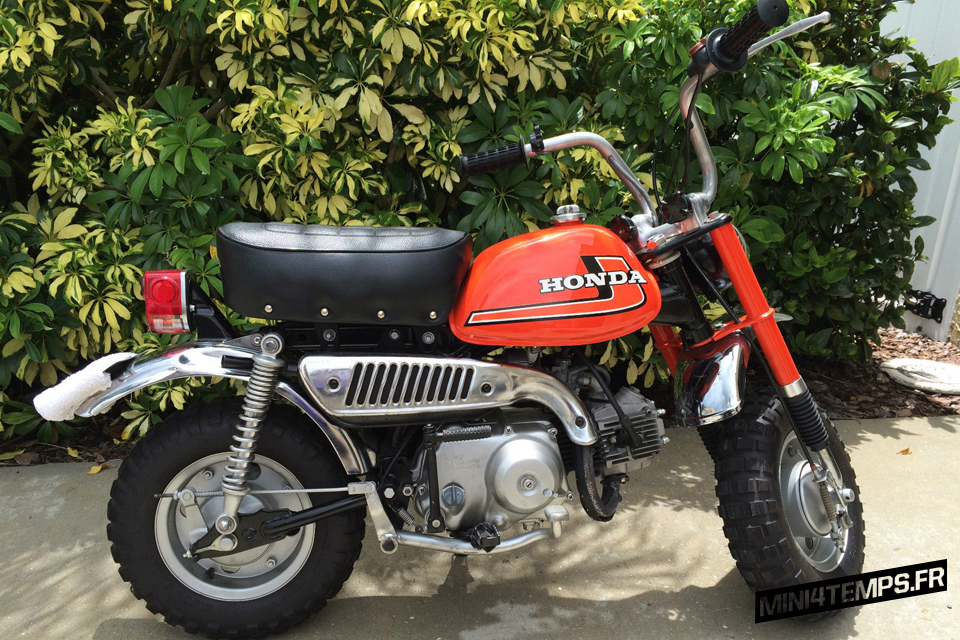 Honda Monkey Z50J2 red / orange - mini4temps.fr