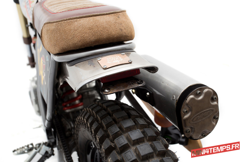 Honda 125 CityFly de Dream Wheels Heritage - mini4temps.fr