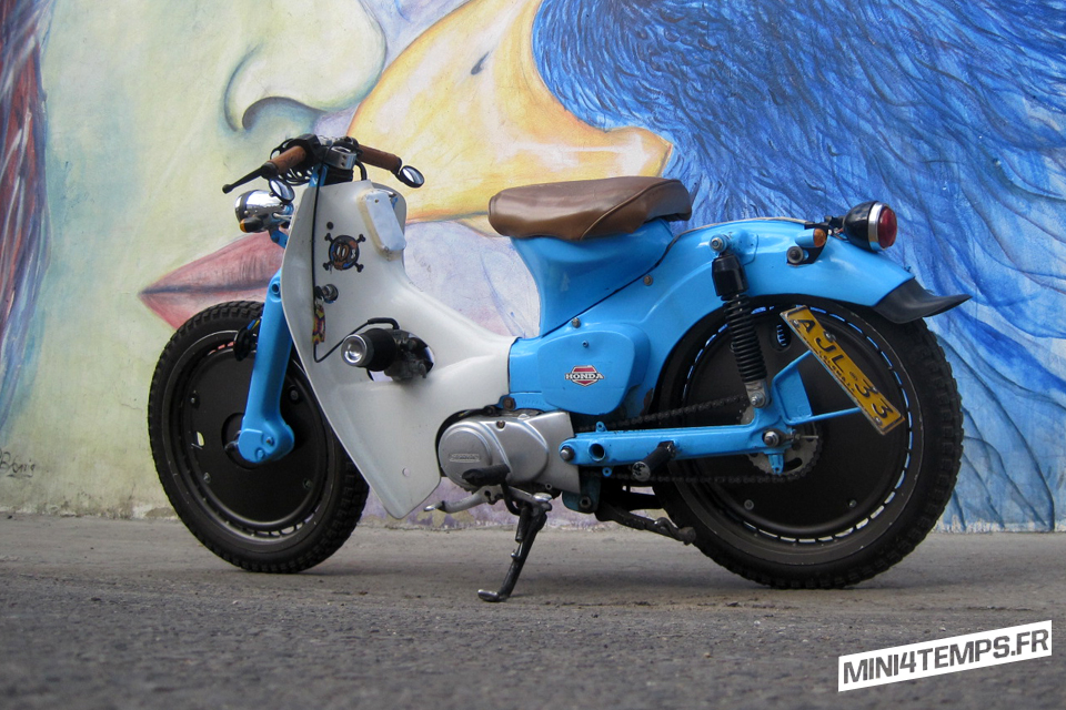 "Le Honda C70 Bobber ""Clav Custom"" d'Oscar - mini4temps.fr"