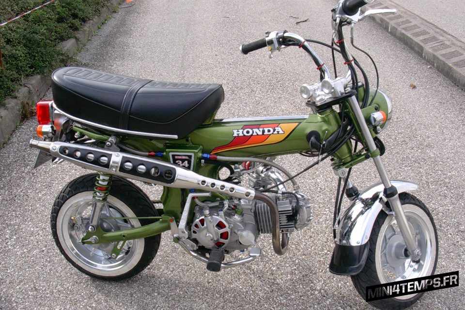 Honda Dax ST70 vert CB500 Four - mini4temps.fr