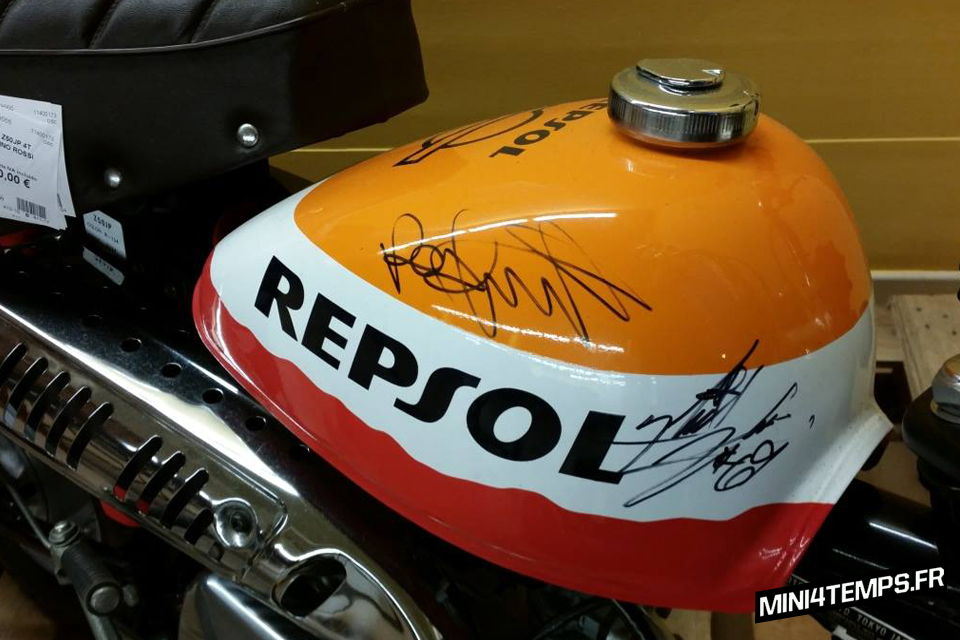 Honda Monkey Z50JP Repsol Honda Team 2003 - mini4temps.fr