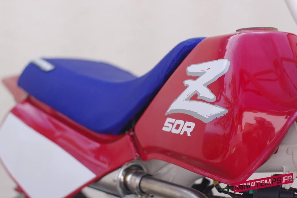 Honda Monkey Z50R Bleu Blanc Rouge - mini4temps.fr