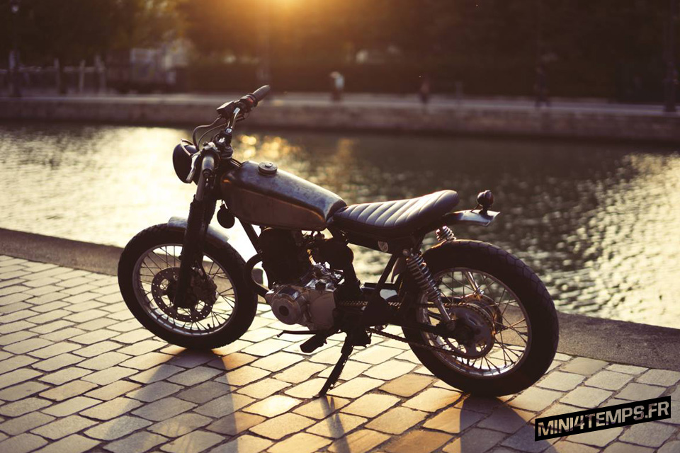 Yamaha SR 125 by Bad Winners - mini4temps.fr