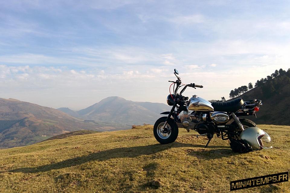 Un Monkey Chrome au pays Basque - mini4temps.fr