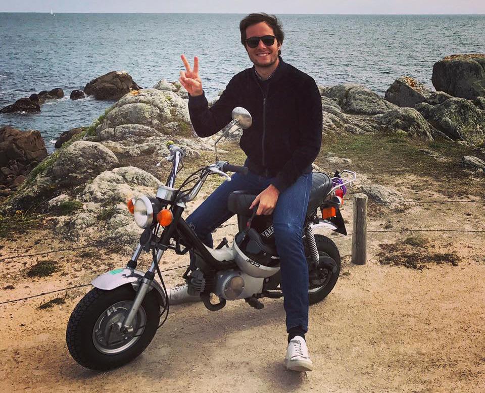 Vianney se balade en Yamaha Chappy ! - mini4temps.fr