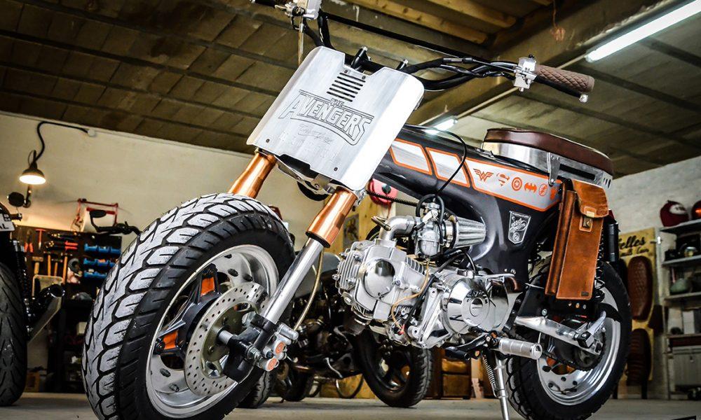 """Honda Dax 125 """"Avengers"""" by Creativ Garage - mini4temps.fr"""