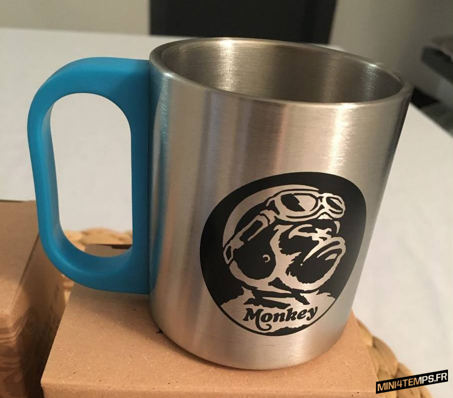 A VENDRE : 2 Mugs Honda Monkey en inox - mini4temps.fr