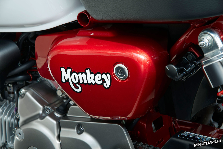 Le Honda Monkey 125 2018 Pearl Nebula Red en détails - mini4temps.fr