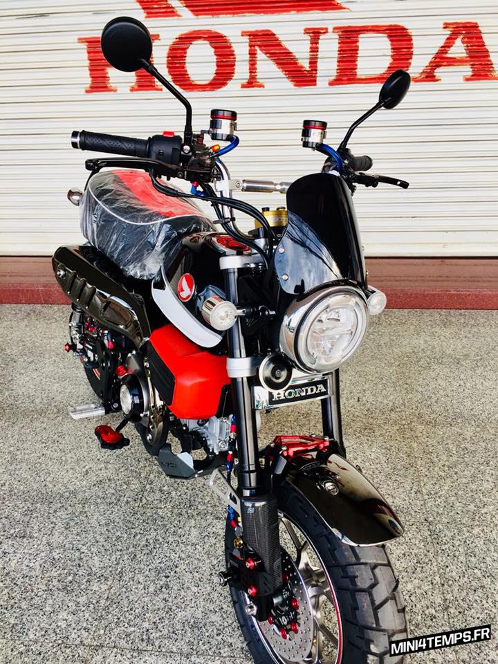 Honda Monkey 125 Black&Red - mini4temps.fr