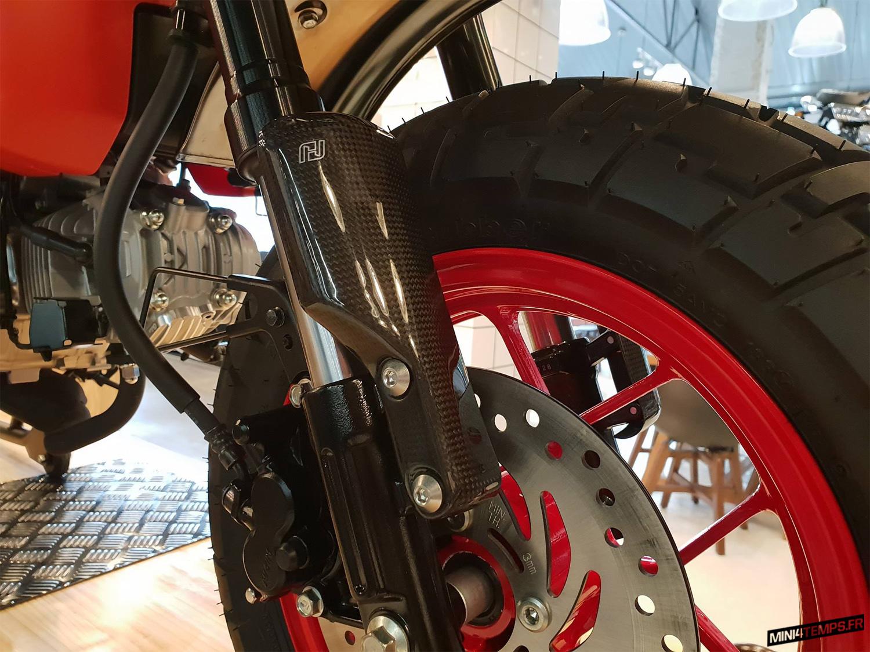 Le Honda Monkey 125 Black&Red de CUB House Chonburi - mini4temps.fr
