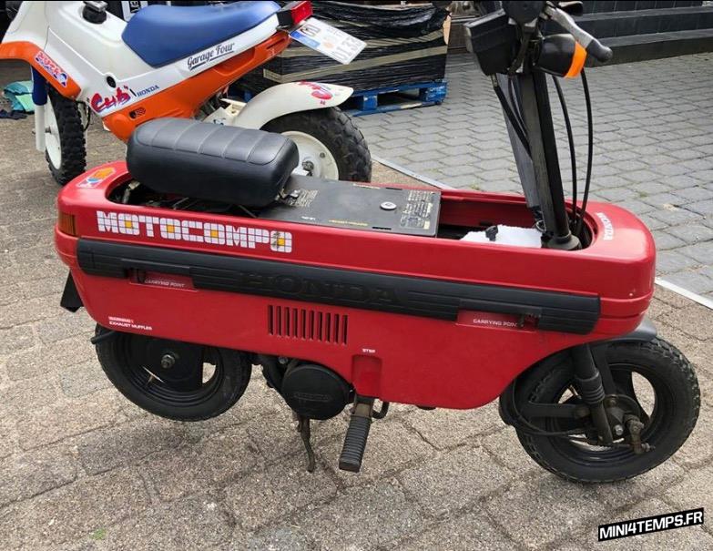 A VENDRE : Honda Motocompo rouges, blancs et jaunes - mini4temps.fr