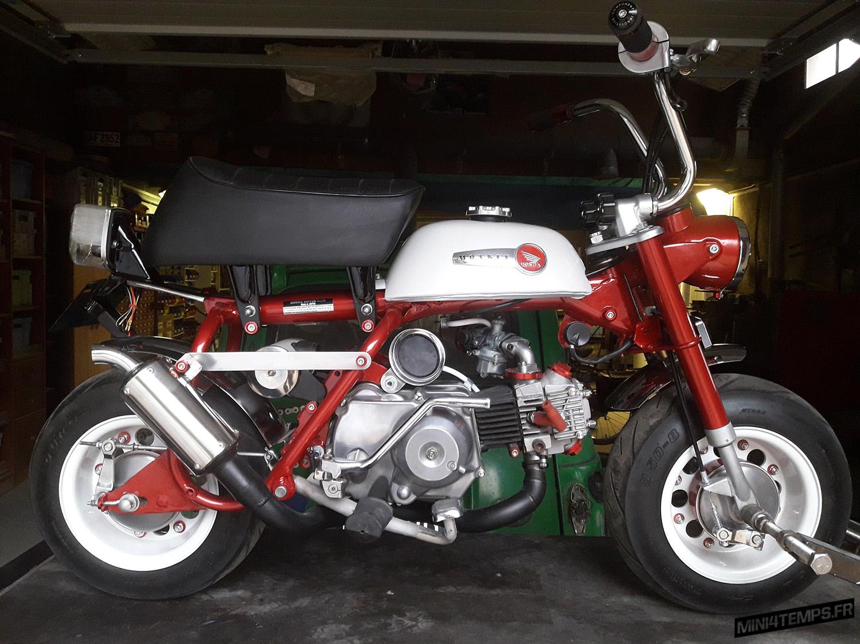 Le Honda Monkey Z50A de Volksben - mini4temps.fr