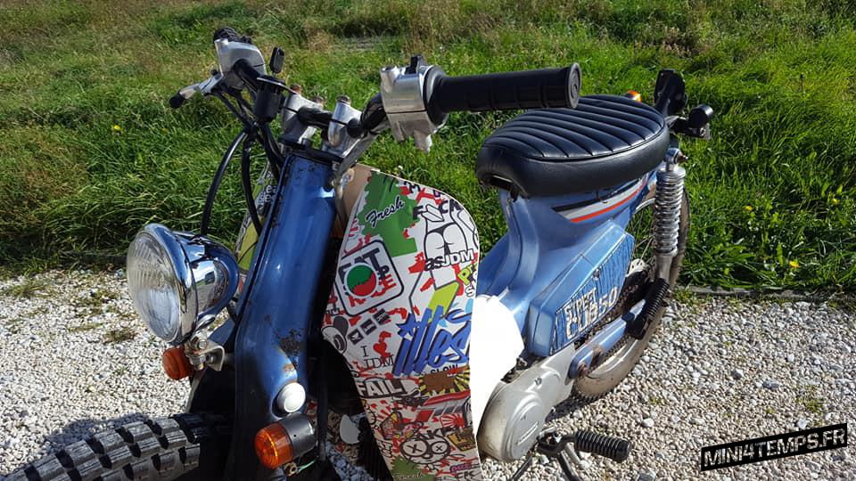 Le Honda Street Cub de Yan - mini4temps.fr