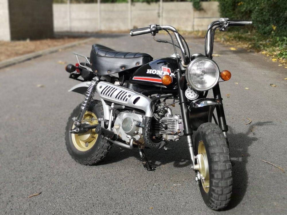 Honda Monkey Z50 de 84 à vendre chez Galb Motorworks - mini4temps.fr