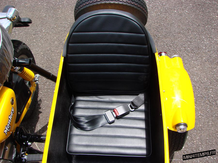 Le Monkey 125 side-car de RMD Motors - mini4temps.fr