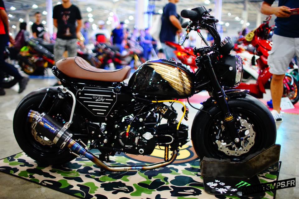 Le Fat Black Monkey 125 de SMR Factory Taiwan - mini4temps.fr