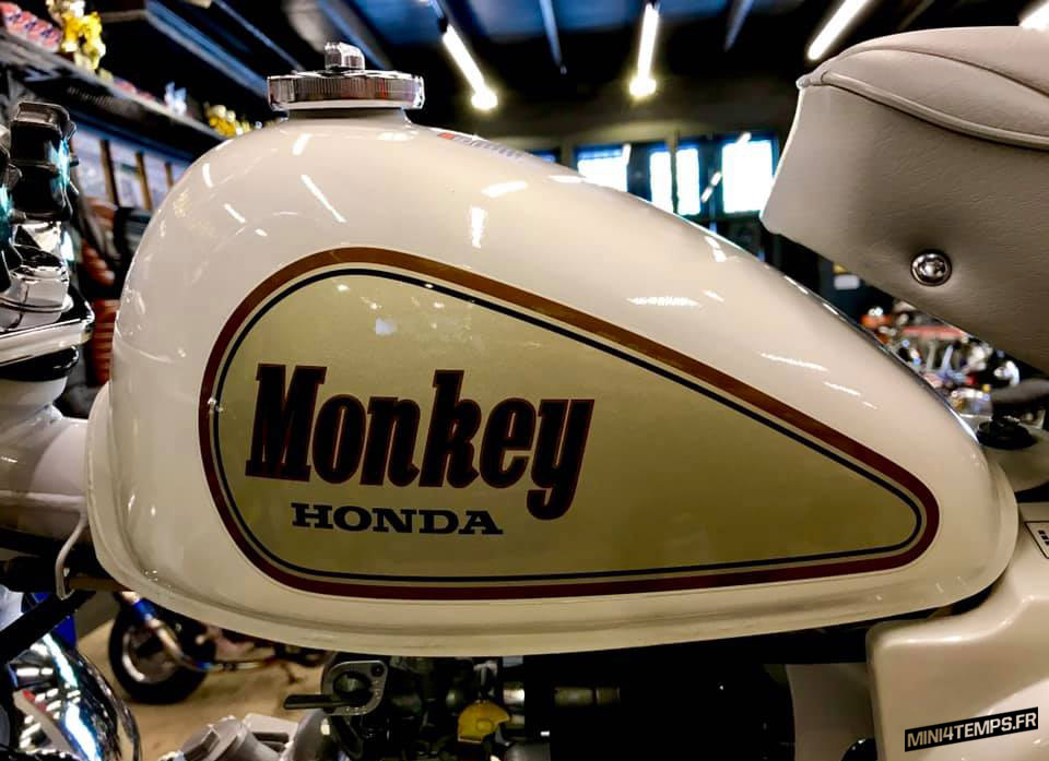 Honda Monkey White Special 1988 - mini4temps.fr