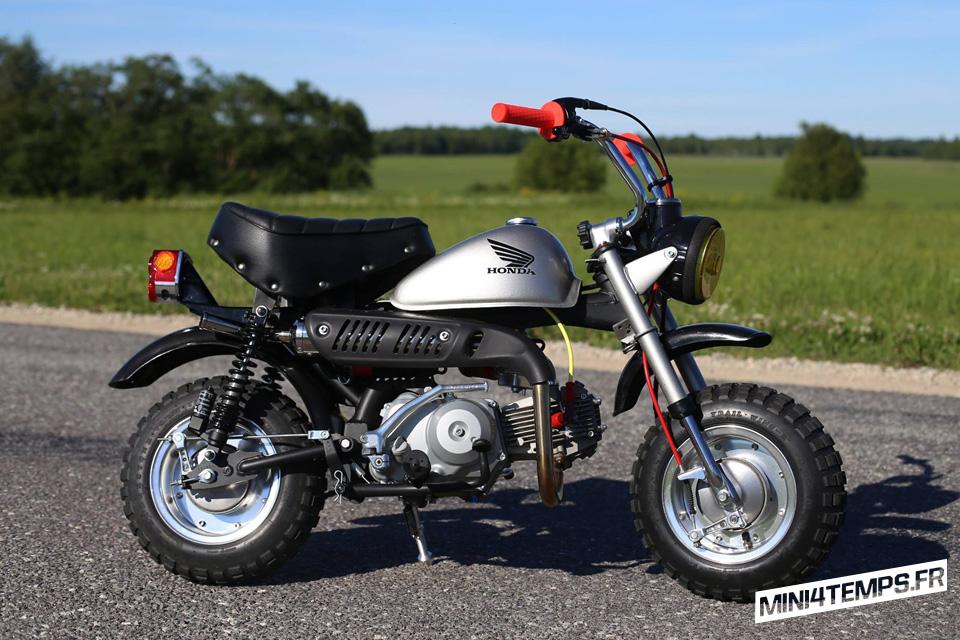 Honda Monkey Z50J Gris - mini4temps.fr