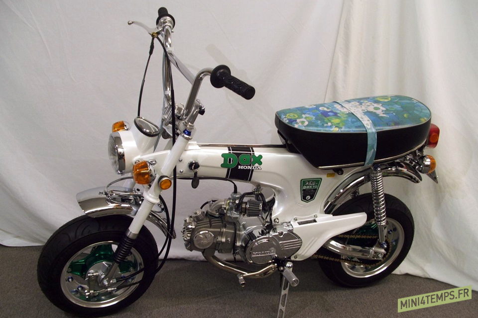 "Le Honda ST70 ""Lady Dax"" de Mike Razzo - mini4temps.fr"