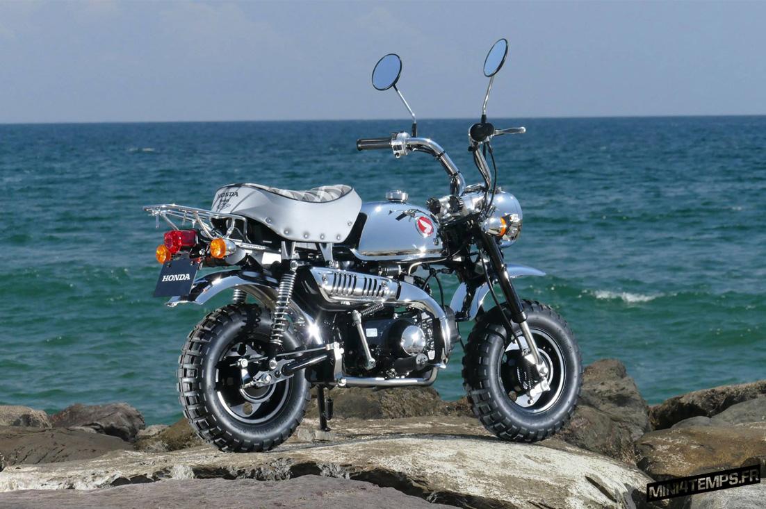 Honda Monkey Z50 50th Anniversary - mini4temps.fr