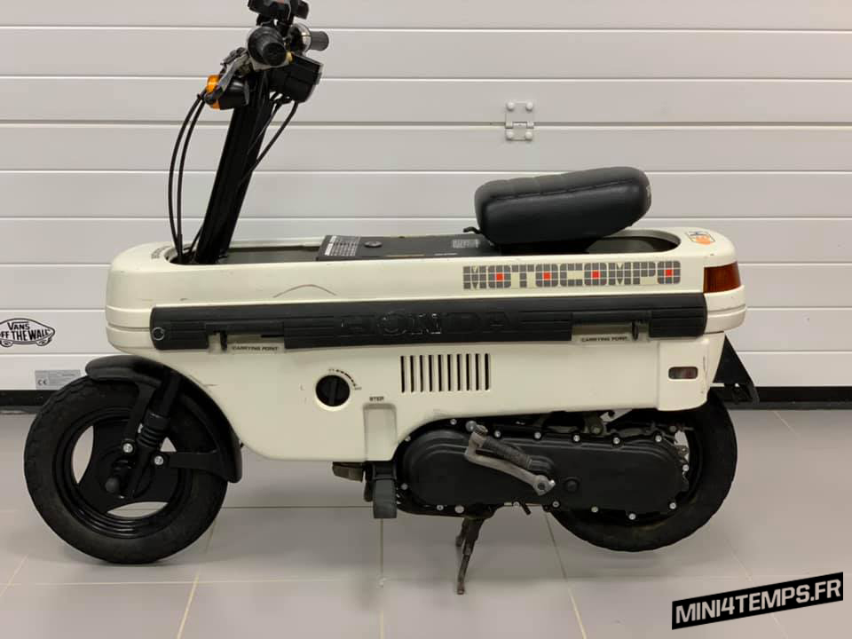 Honda Motocompo blanc à vendre - mini4temps.fr